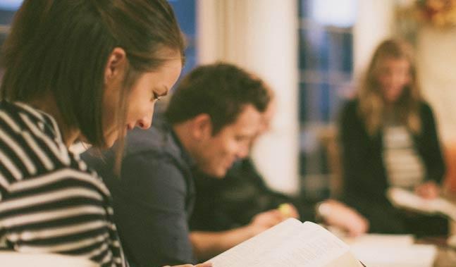 Oración para comenzar una reunión cristiana